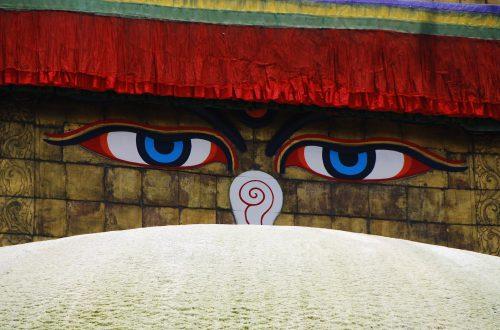 チベット密教ストゥーパ